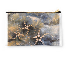 dark cloud pouch